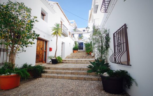 Modern house in the Old Town of Altea