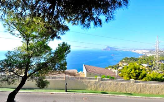 Parcela con vistas al mar en Altea Hills